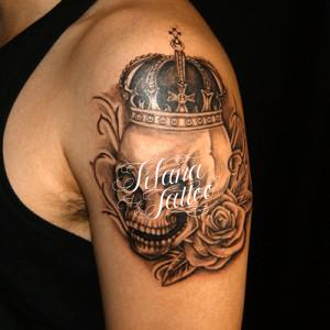 スカル|王冠|薔薇のタトゥー