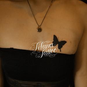 蝶のシルエット・タトゥー