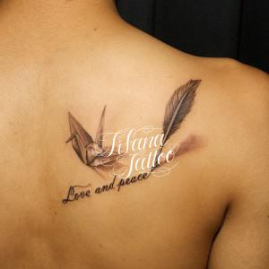 折り鶴|文字のタトゥー