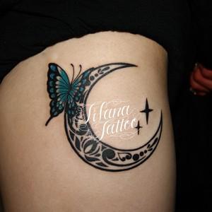 月|蝶のタトゥー
