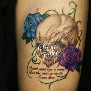 スカル|薔薇のタトゥー