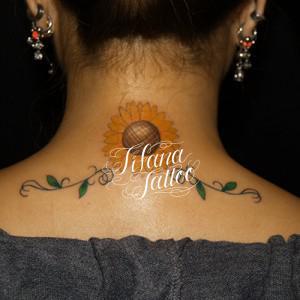 ヒマワリのタトゥー