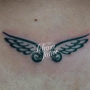 翼|羽のガールズタトゥー