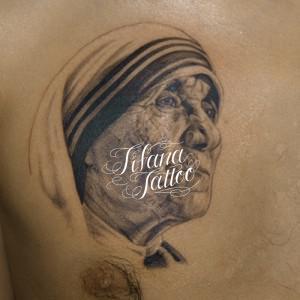 マザー・テレサのタトゥー
