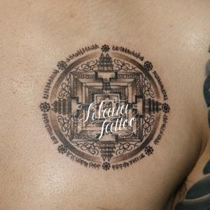 円形のタトゥー