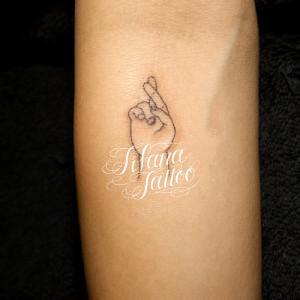 グッドラックのサイン・タトゥー