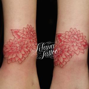赤い菊の刺青作品画像