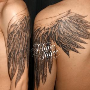 翼|羽のタトゥー