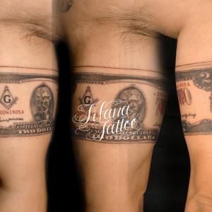 2ドル紙幣のタトゥー
