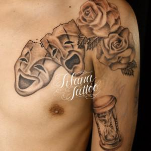 ツーフェイス|バラ|砂時計のタトゥー