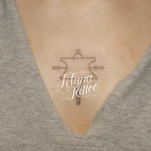 幾何学模様の図形タトゥー