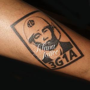 モンタージュのタトゥー