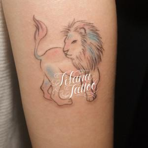 ライオンのガールズタトゥー