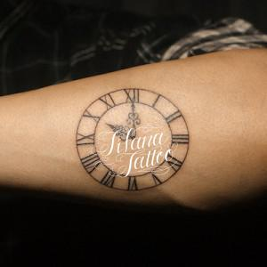 時計のタトゥー