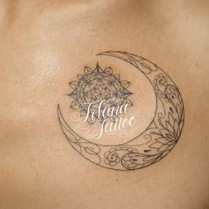 月|太陽×曼荼羅のタトゥー