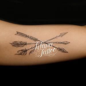 矢のタトゥー