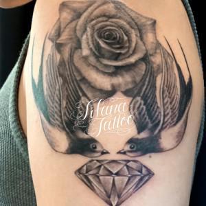 薔薇|燕|ダイヤのタトゥー