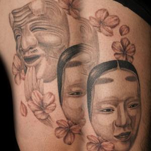 面のタトゥー