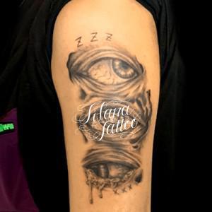 3つの目のタトゥー