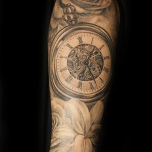 懐中時計|薔薇|百合のタトゥー