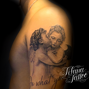 FIRST KISSのファインライン ・タトゥー