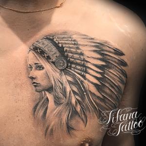 女性のインディアン・タトゥー