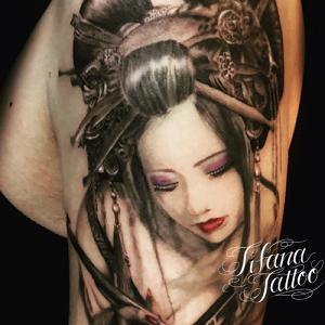 花魁のファインライン ・タトゥー