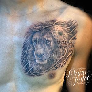 ライオン|ローマ数字のタトゥー