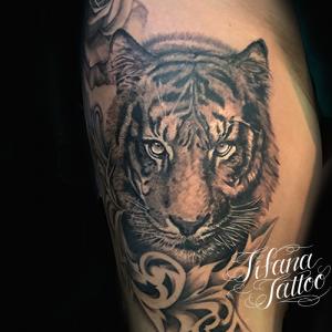 虎のファインライン タトゥー