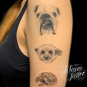 犬|亀のファインライン・タトゥー
